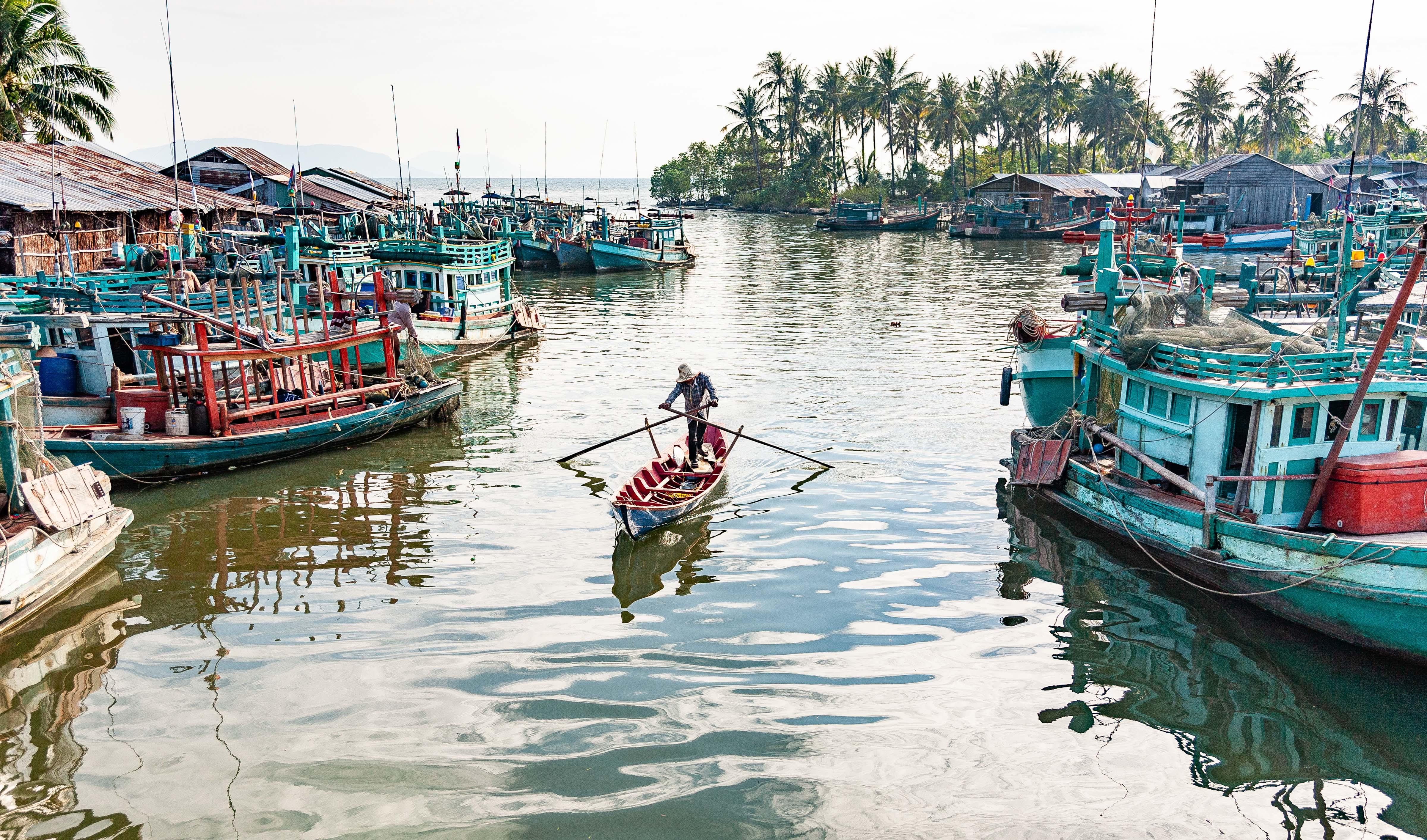 Cambodia, Kampot Prov, Harbor, 2010, IMG 4966