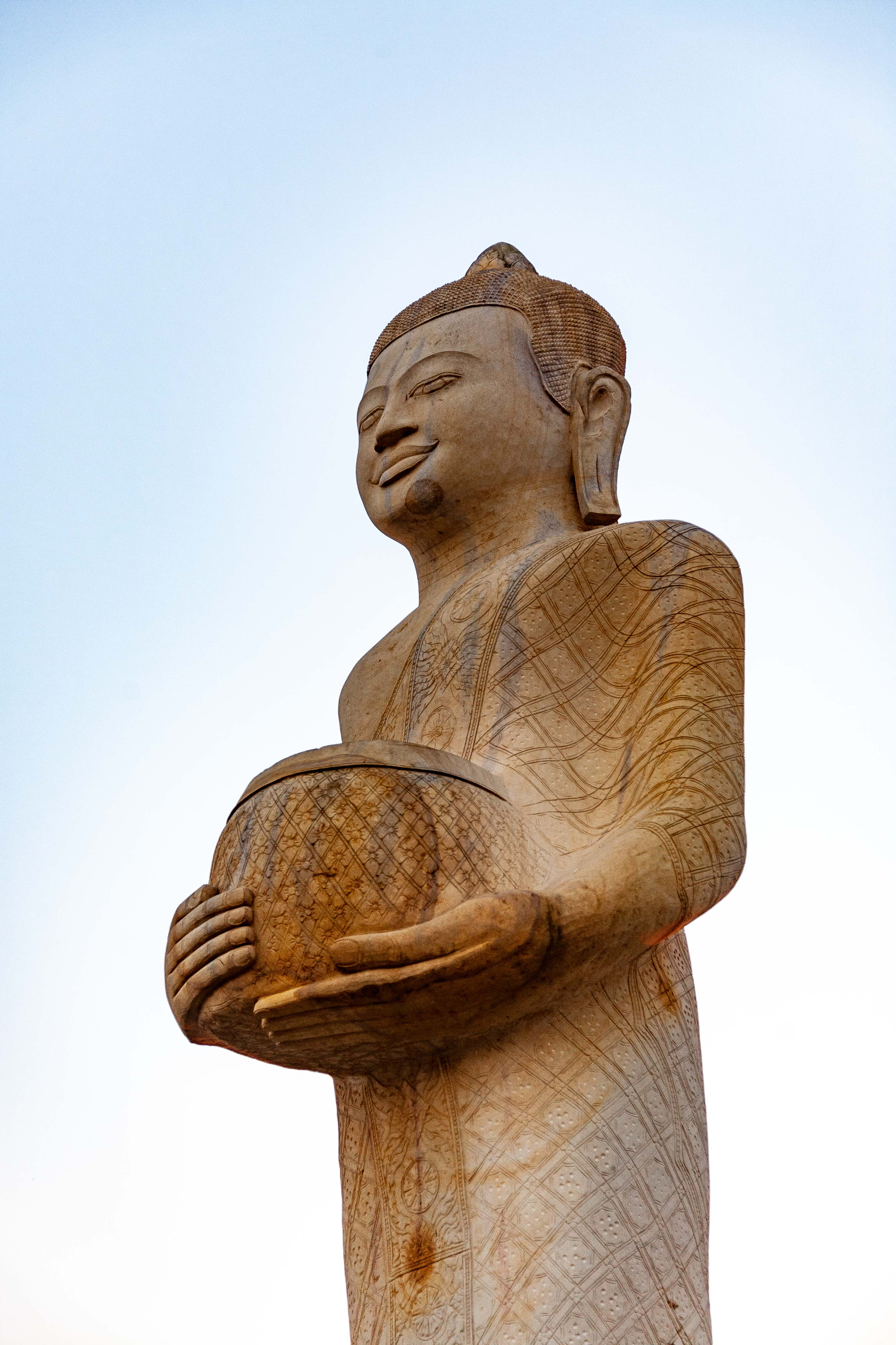 Cambodia, Kaoh Kong Prov, Country Statue, 2010, IMG 5088