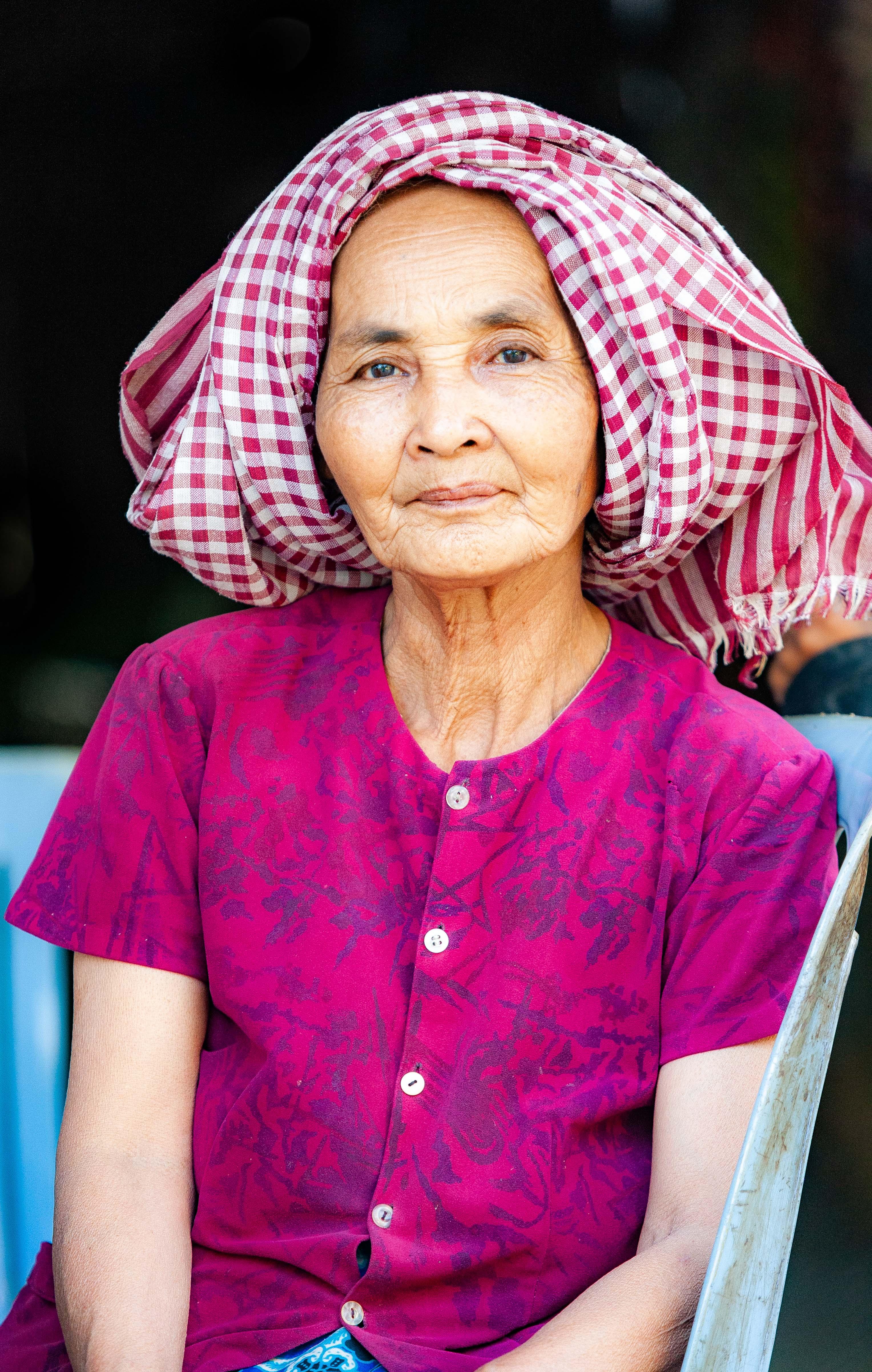 Cambodia, Krong Preah Sihanouk Prov, Village Woman, 2010, IMG 4992