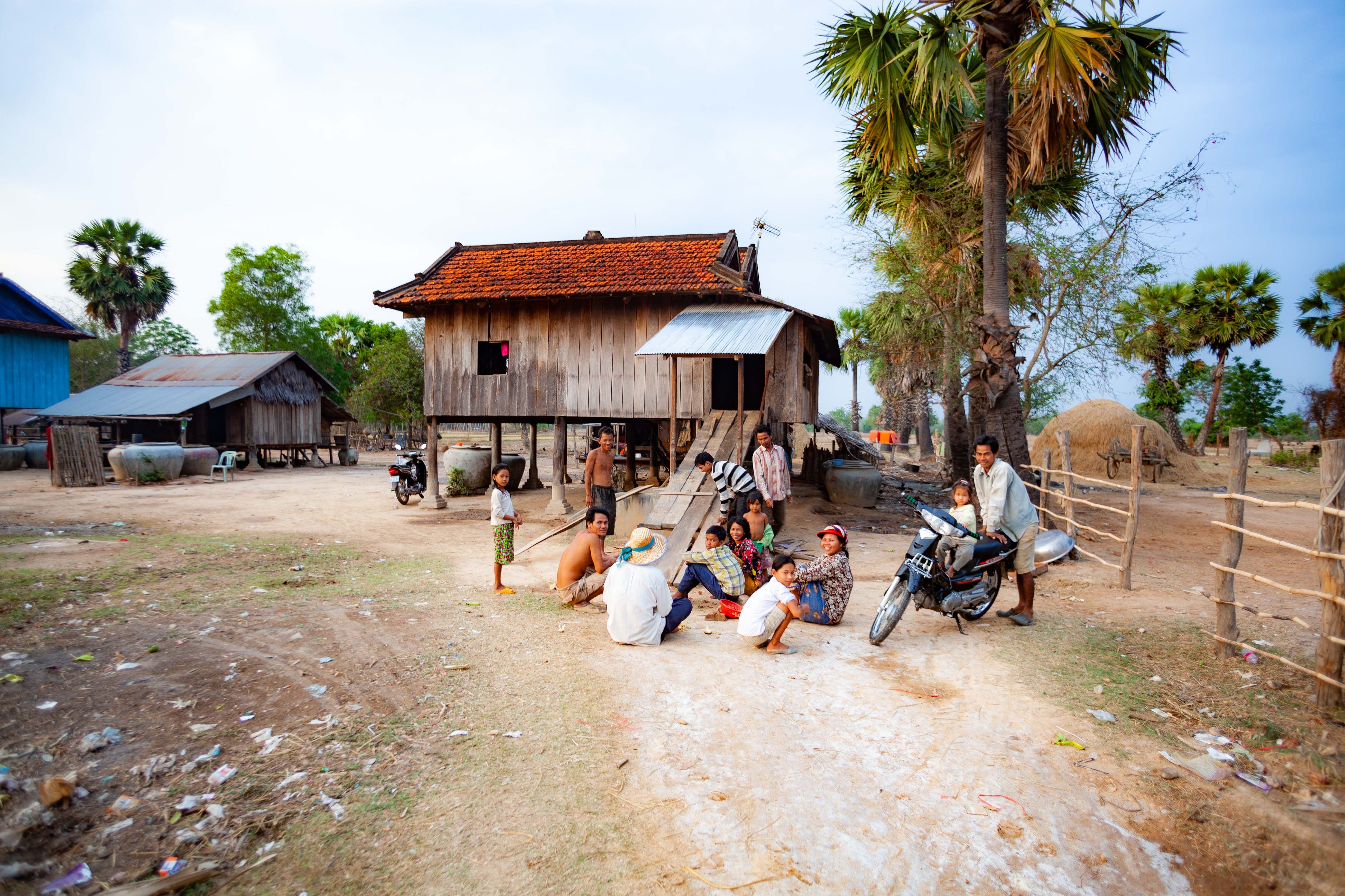 Cambodia, Pousaat Prov, Village House, 2011, IMG 9605