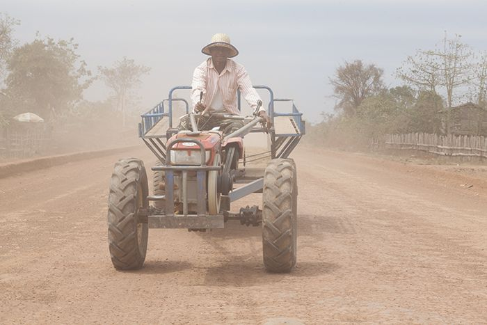 Cambodia, Siem Reab Prov, Tractor Driver, 2011, IMG 0013