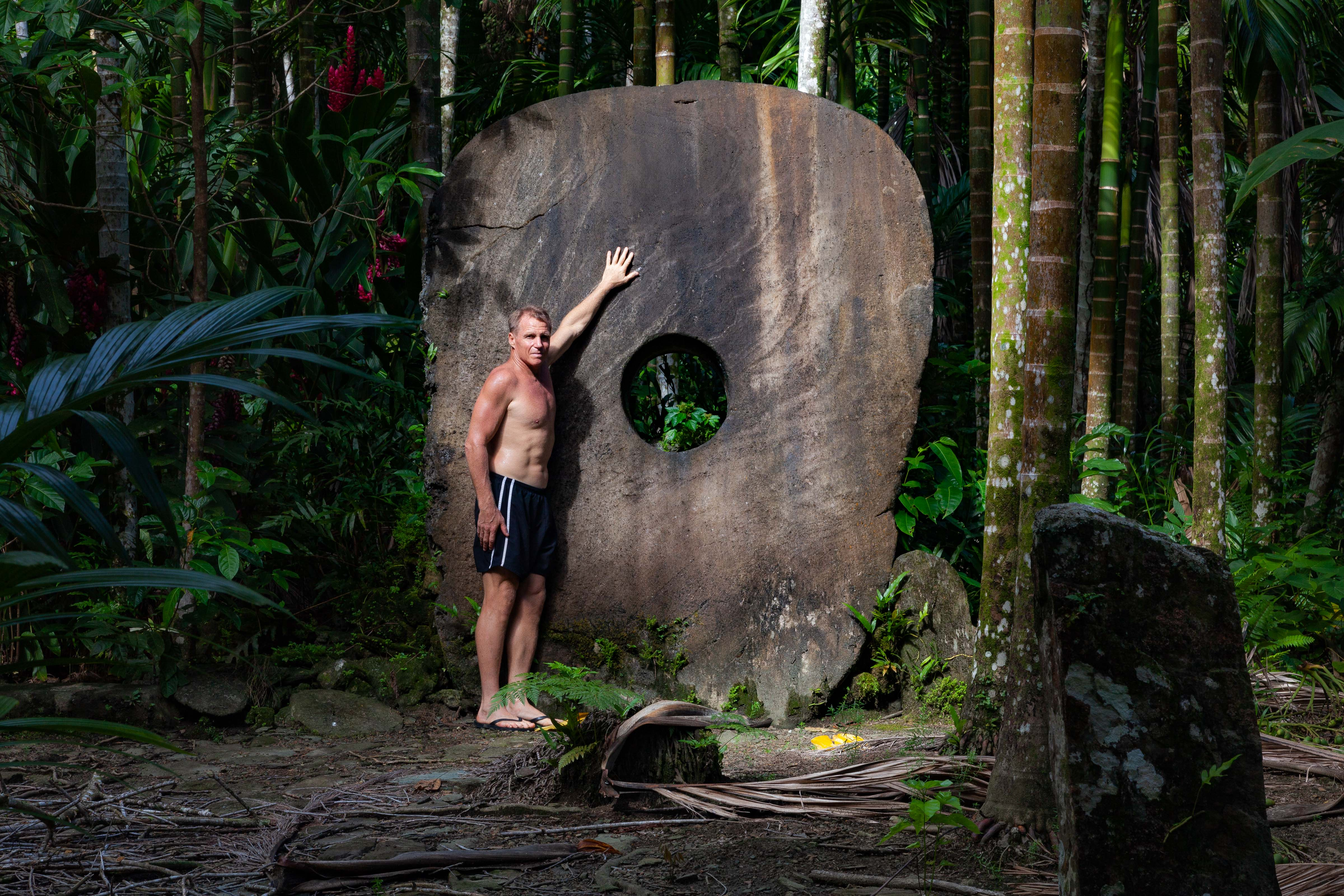 Micronesia, Yap Prov, Second Largest Stone Money In Yap And Jeff Shea, 2012, IMG 3889