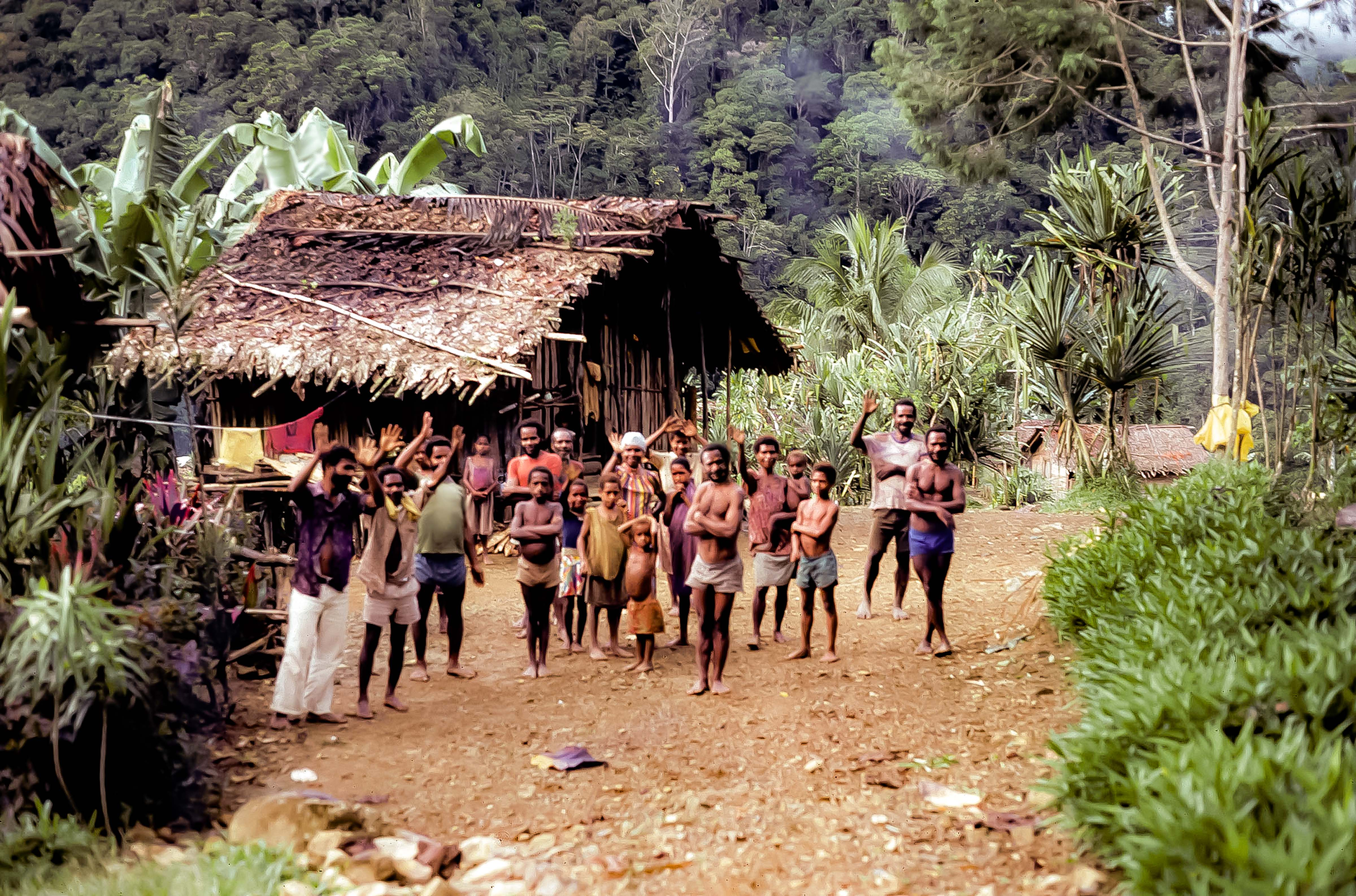 PNG, Wabia Villagers Wave Goodbye, 1983