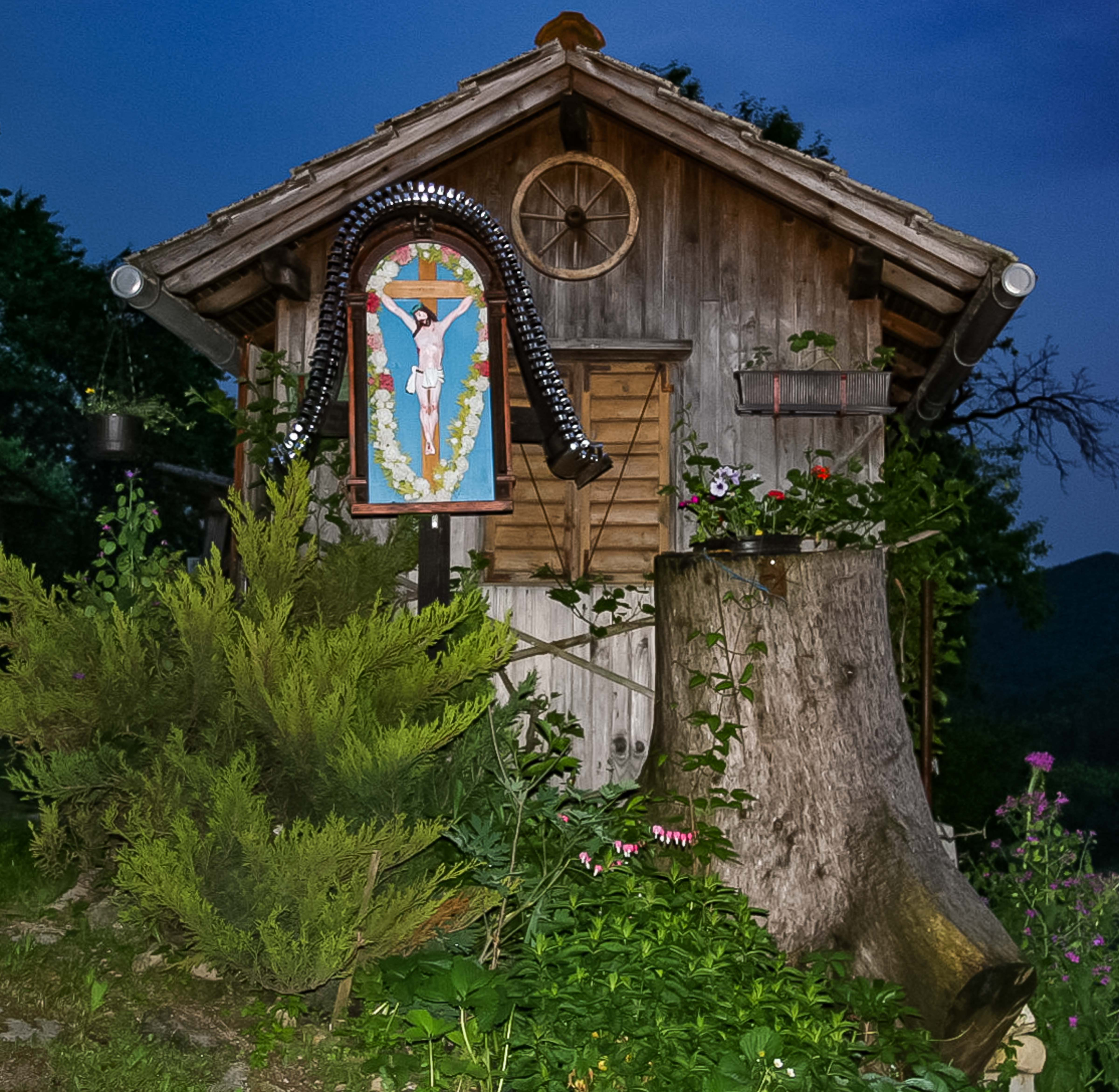 Slovenia, Dobrna Prov, Unusual House With Icon, 2006, IMG 8076