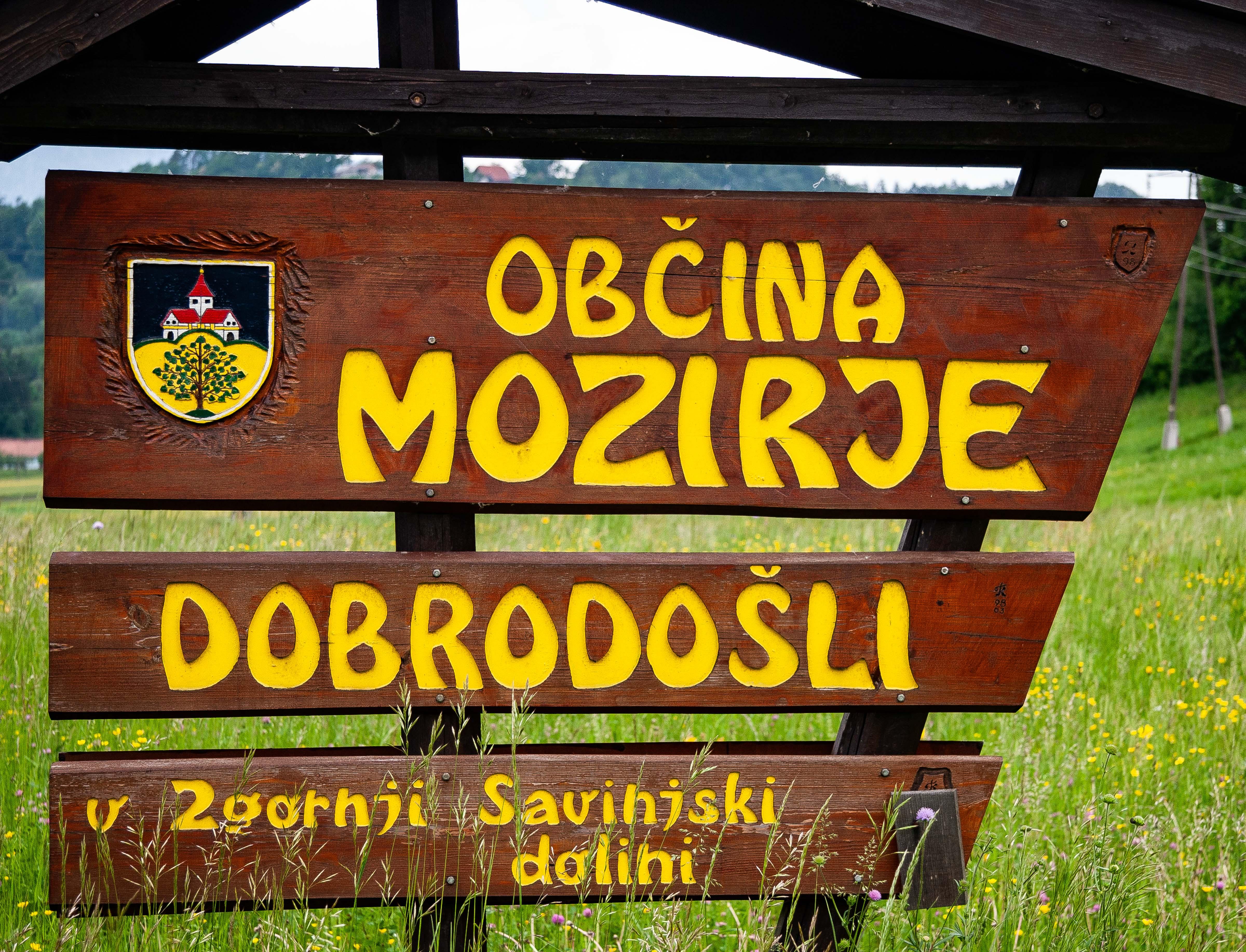 Slovenia, Mozirje Prov, Dobrodosli Obcina Mozirje, 2006, IMG 8185