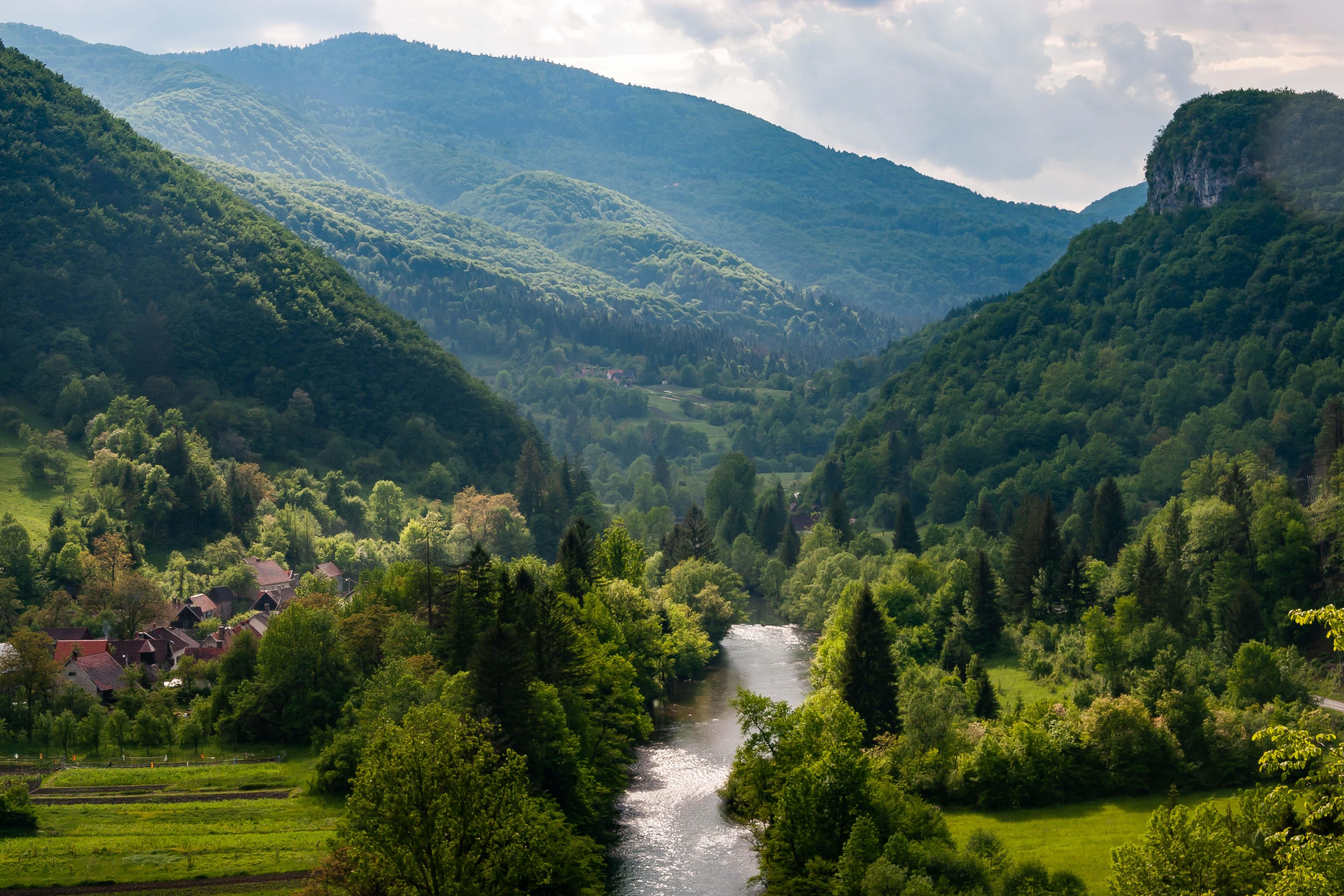 Slovenia, Osilnica Prov, Valley, 2006, IMG 7311