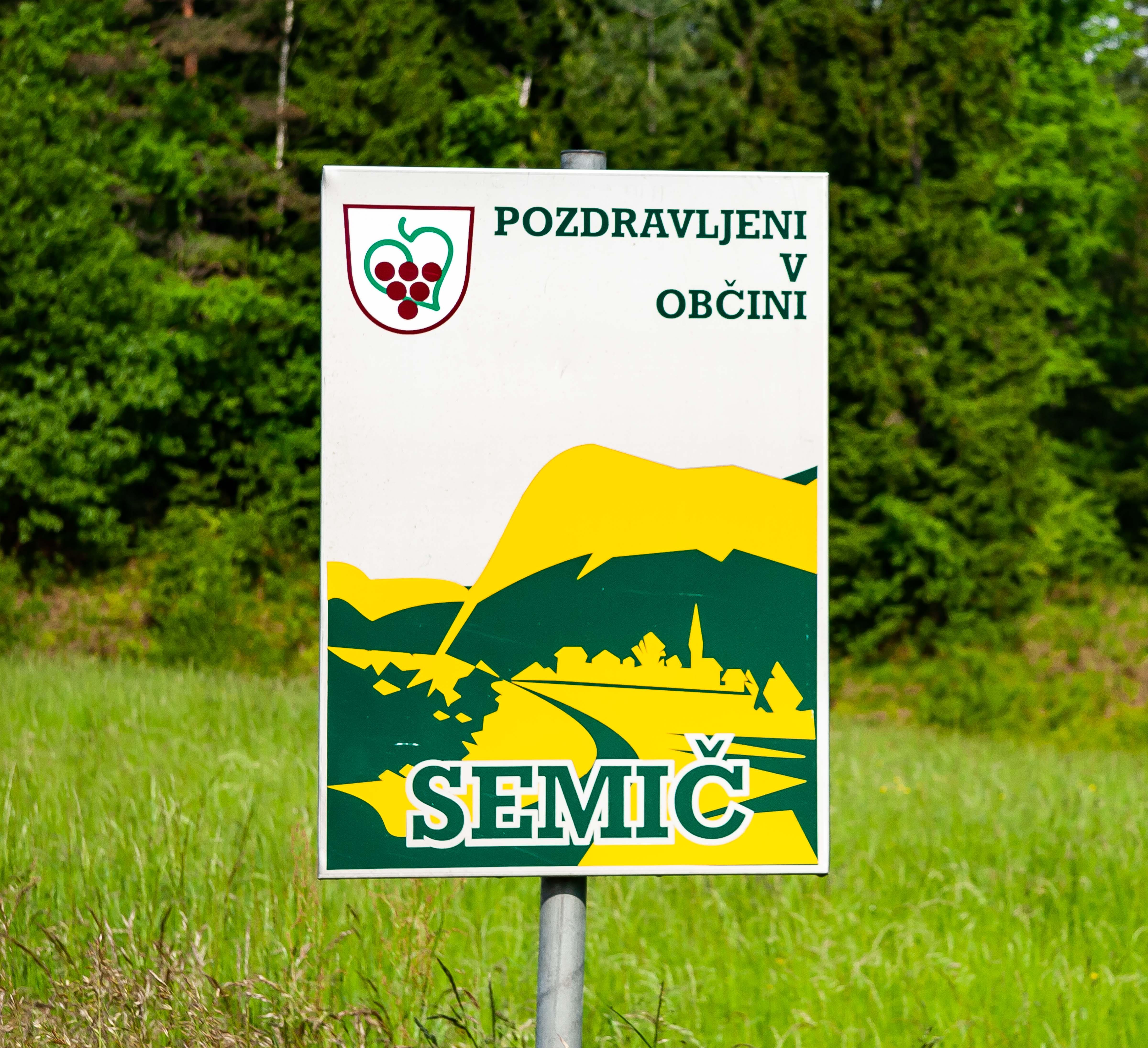 Slovenia, Semic Prov, Semic Obcina Sign, 2006, IMG 7434
