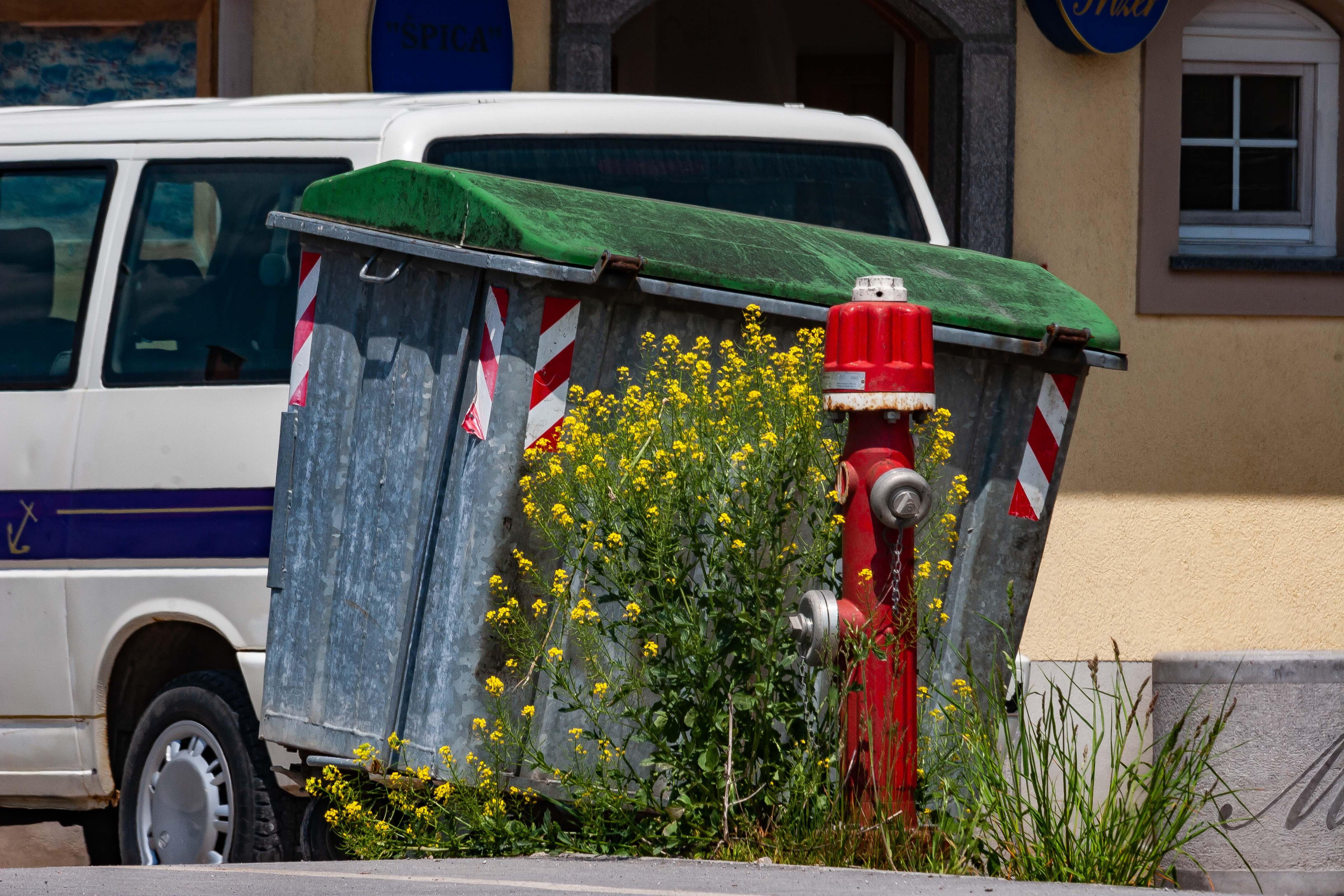 Slovenia, Skofljica Prov, Garbage Bin, 2006, IMG 5747