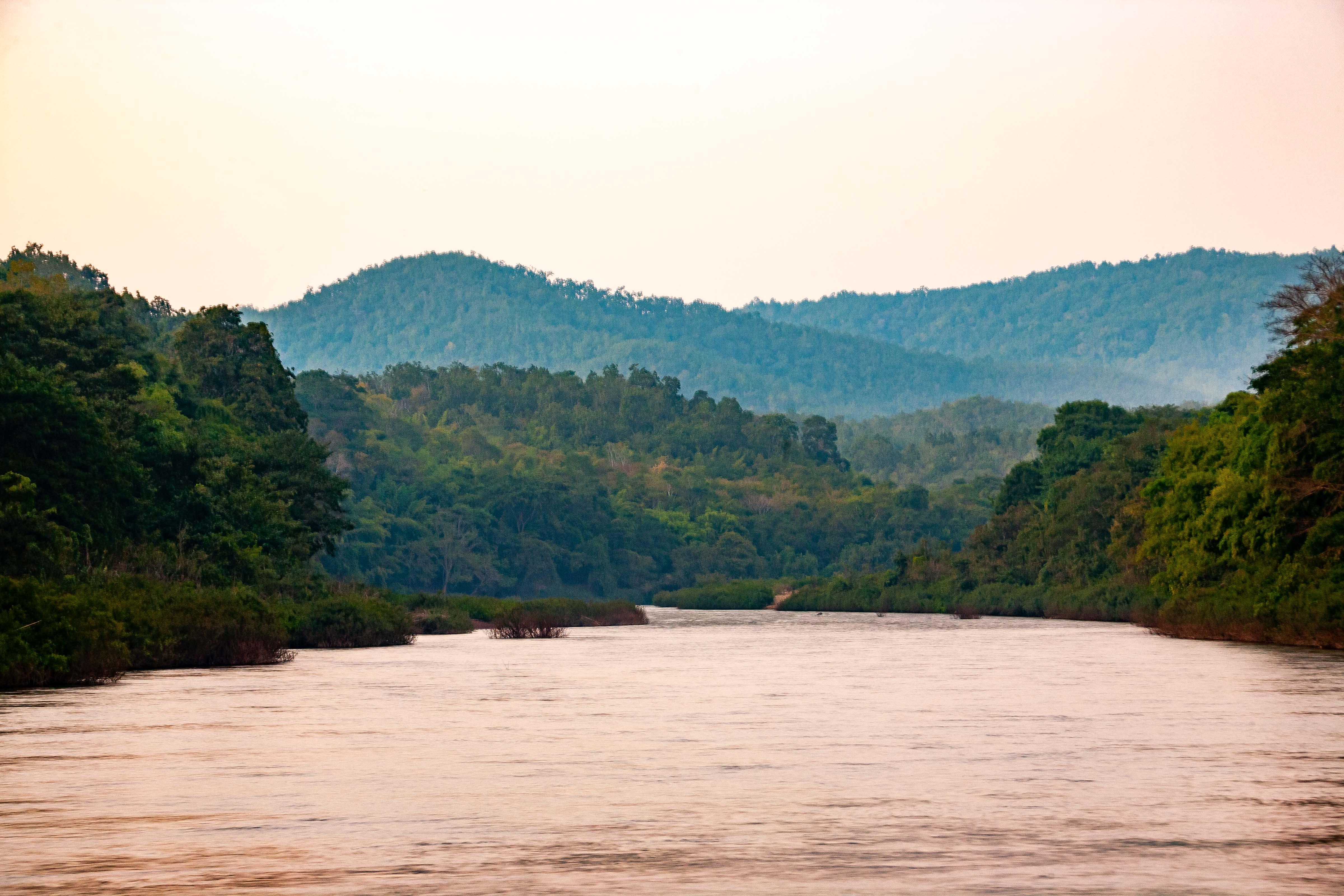 Thailand, Nan Prov, River Scene, 2008, IMG 6566