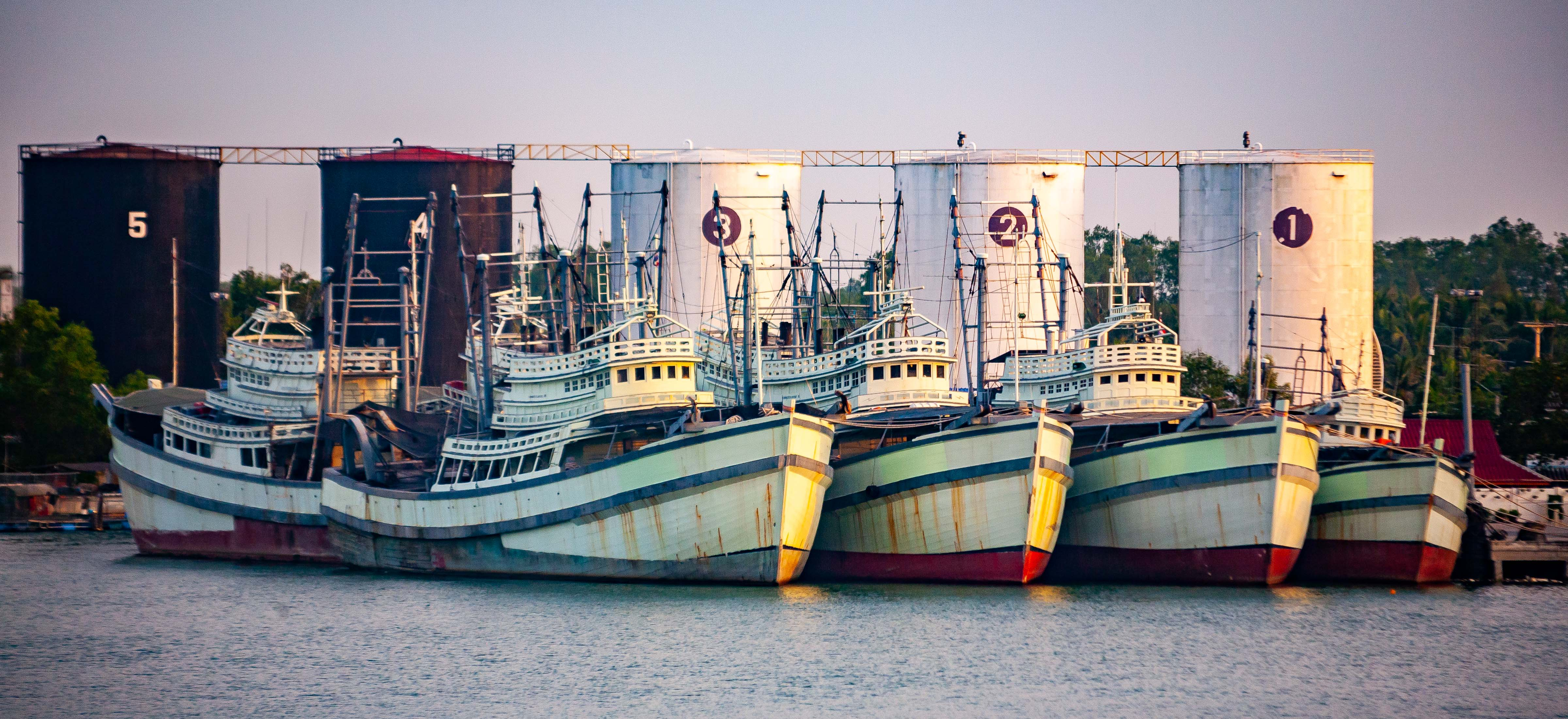 Thailand, Samut Songkhram Prov, Boats And Tanks, 2008, IMG 1324