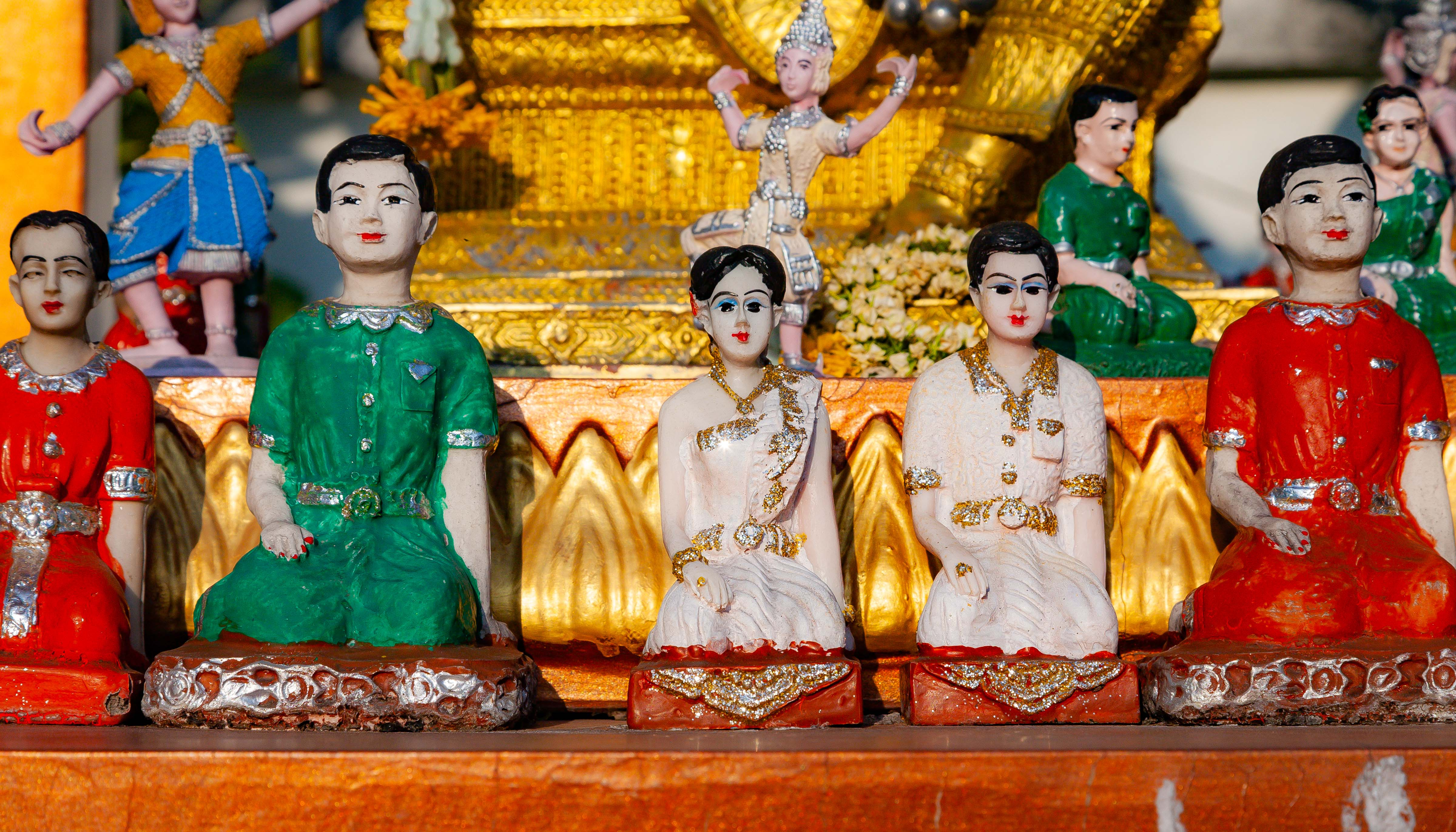 Thailand, Udon Thani Prov, Temple Figurines, 2008, IMG 6229