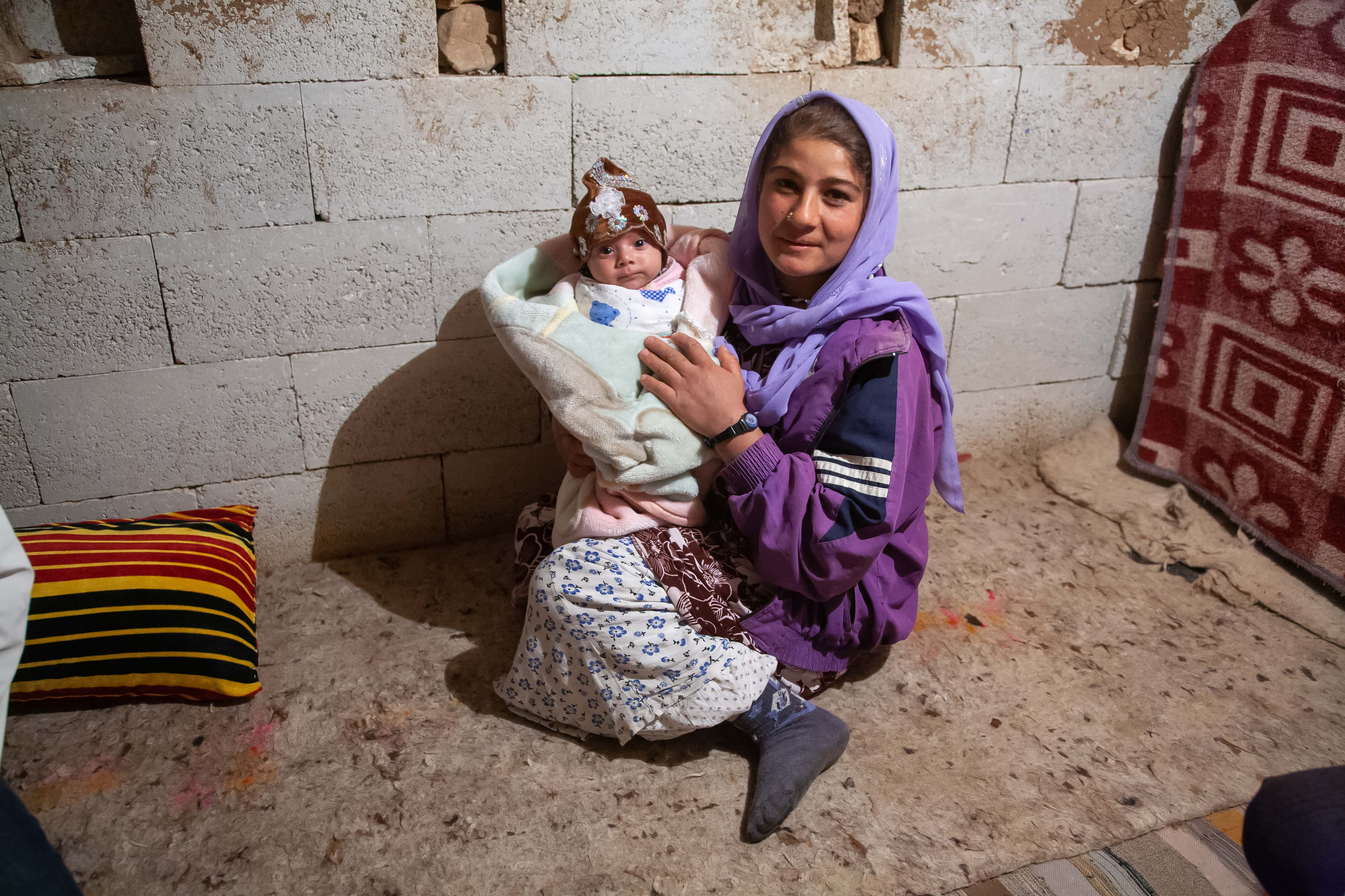 Turkey, Sanliurfa Prov, Mother And Child, 2009, IMG 1711