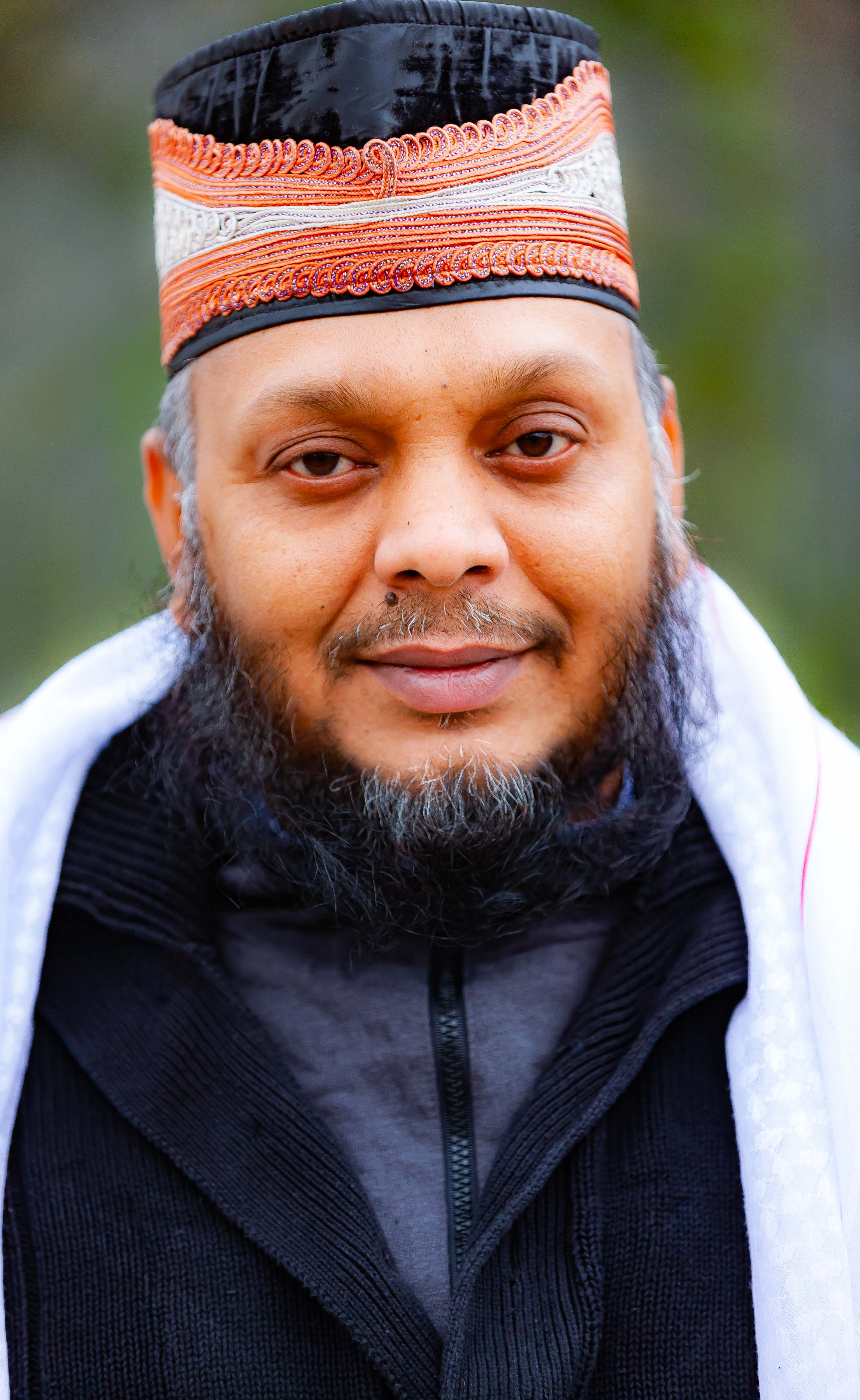 UK, Tower Hamlets (London) Prov, Imam Who Knows The Koran By Heart, 2009, IMG 3473