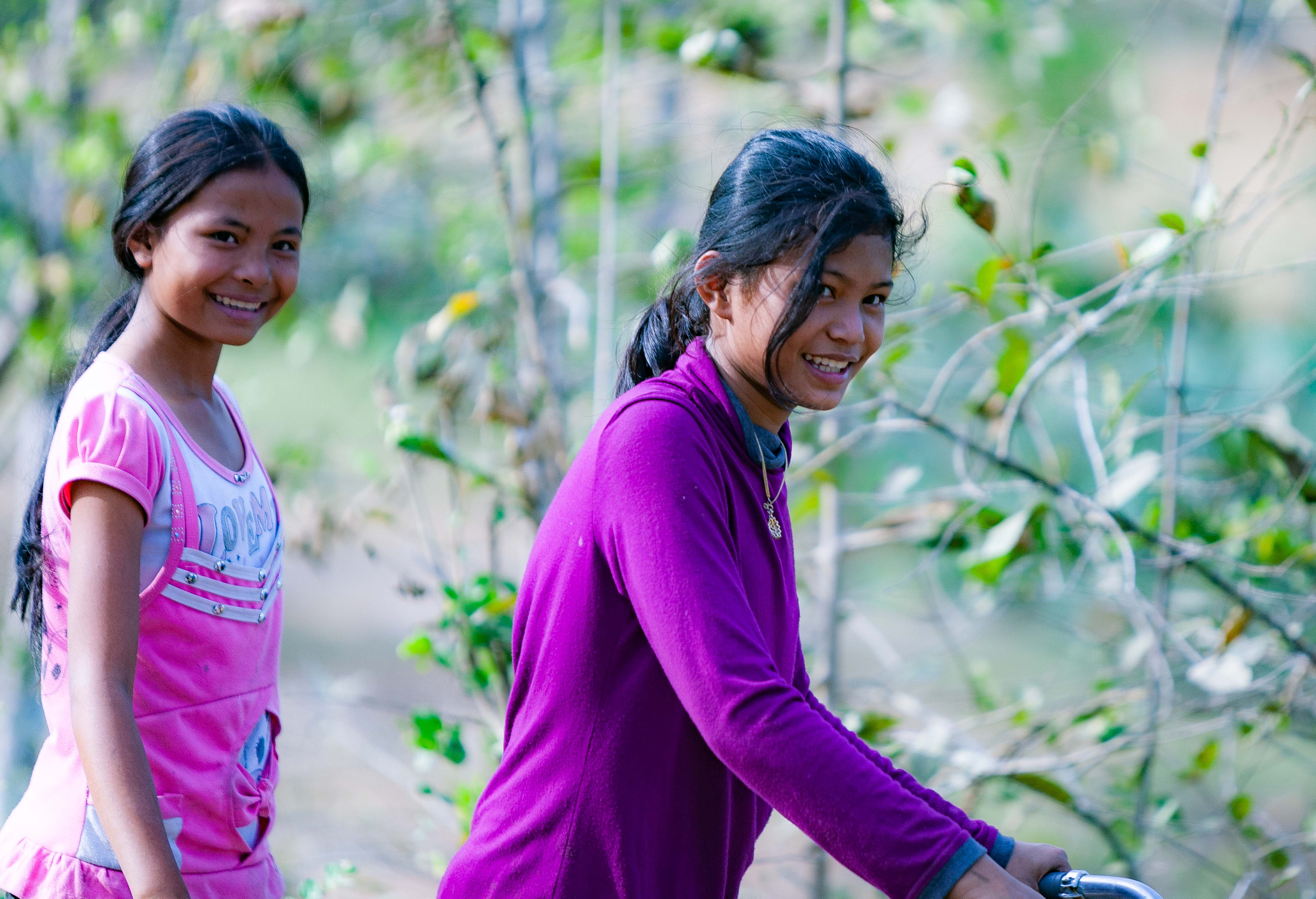 Cambodia, Prey Veaeng Prov, Country Girls, 2010, IMG 5244