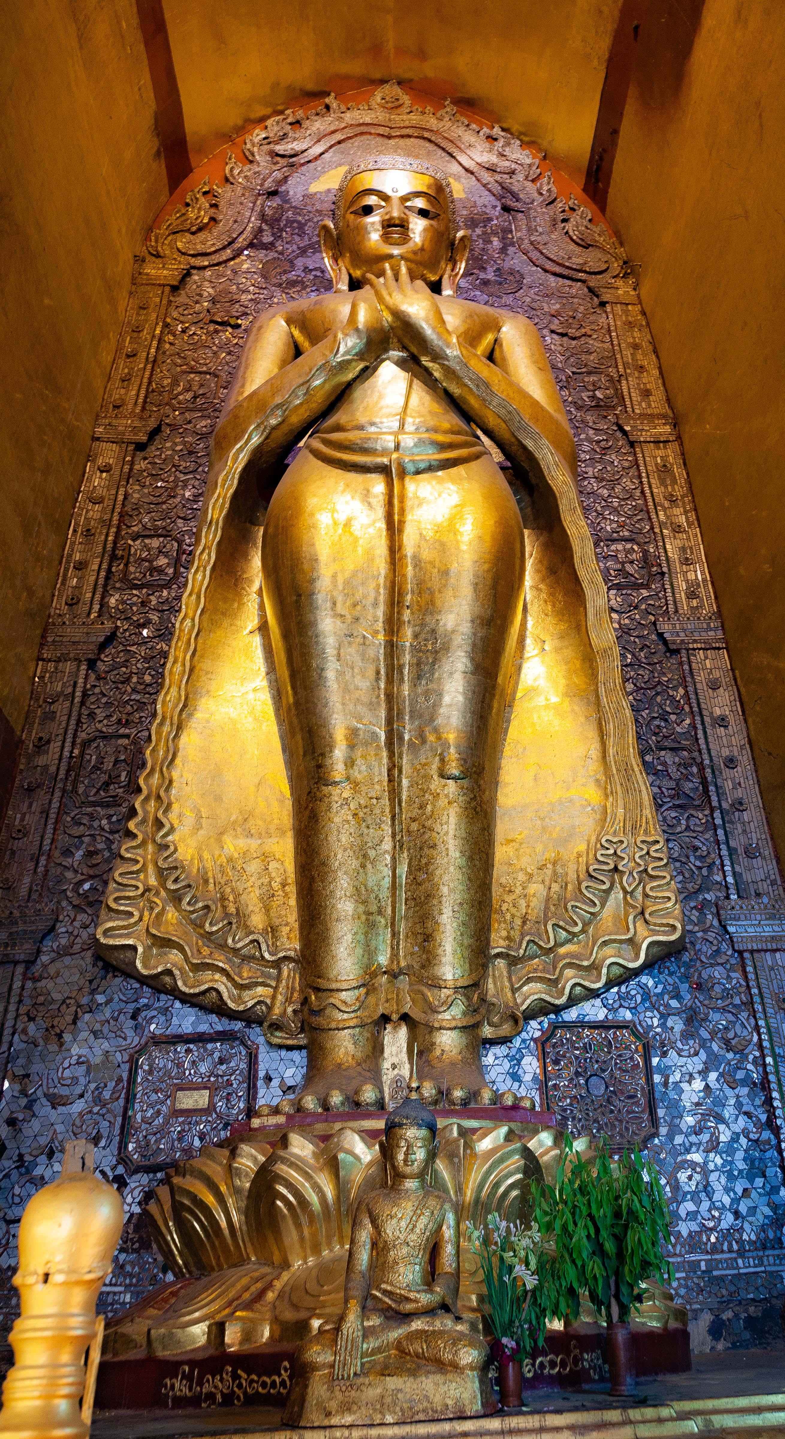 Myanmar, Mandalay Prov, Bagan Temple Interior, 2009, IMG 4978