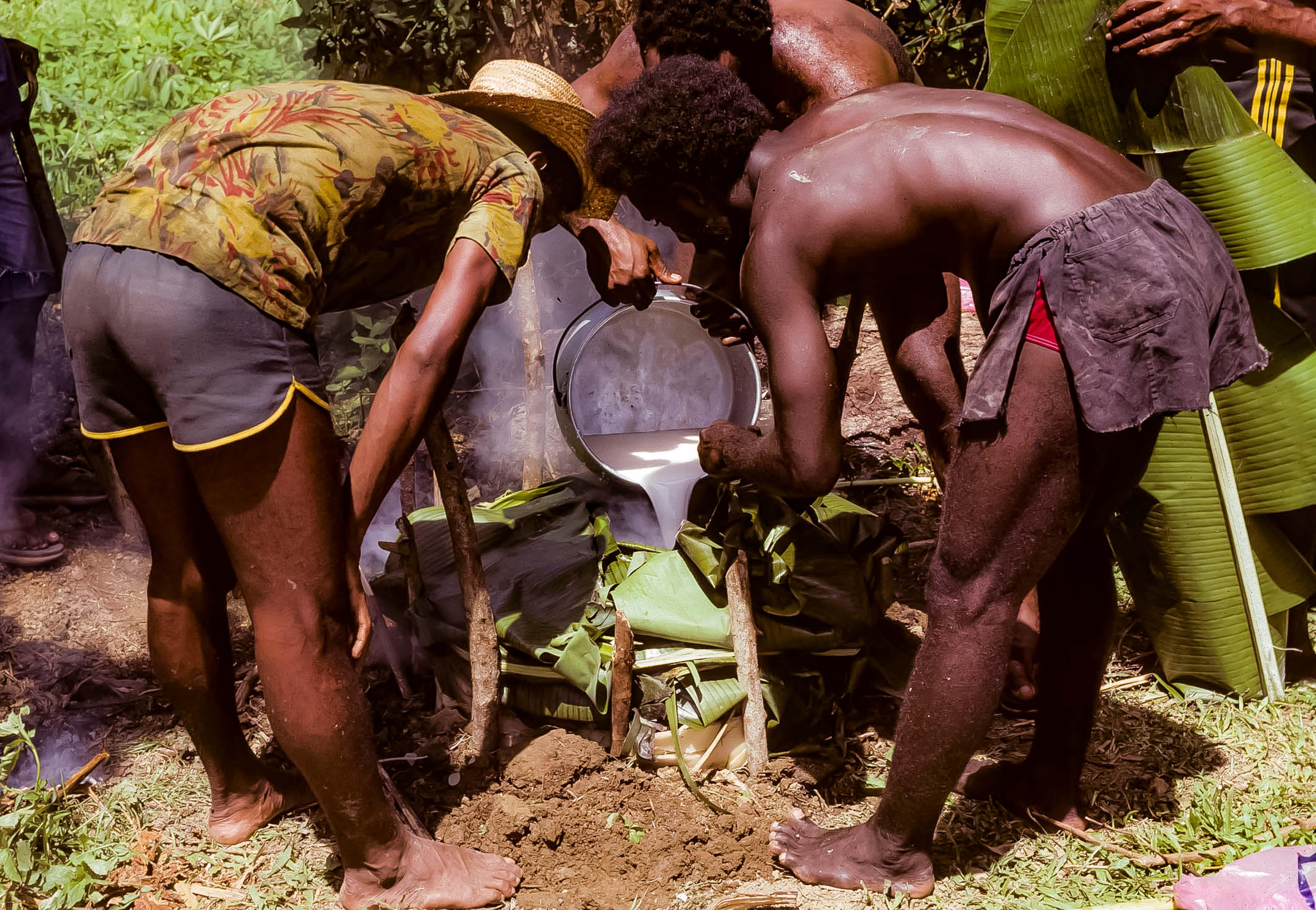 Papua New Guinea, Mumu Preparation, 1983