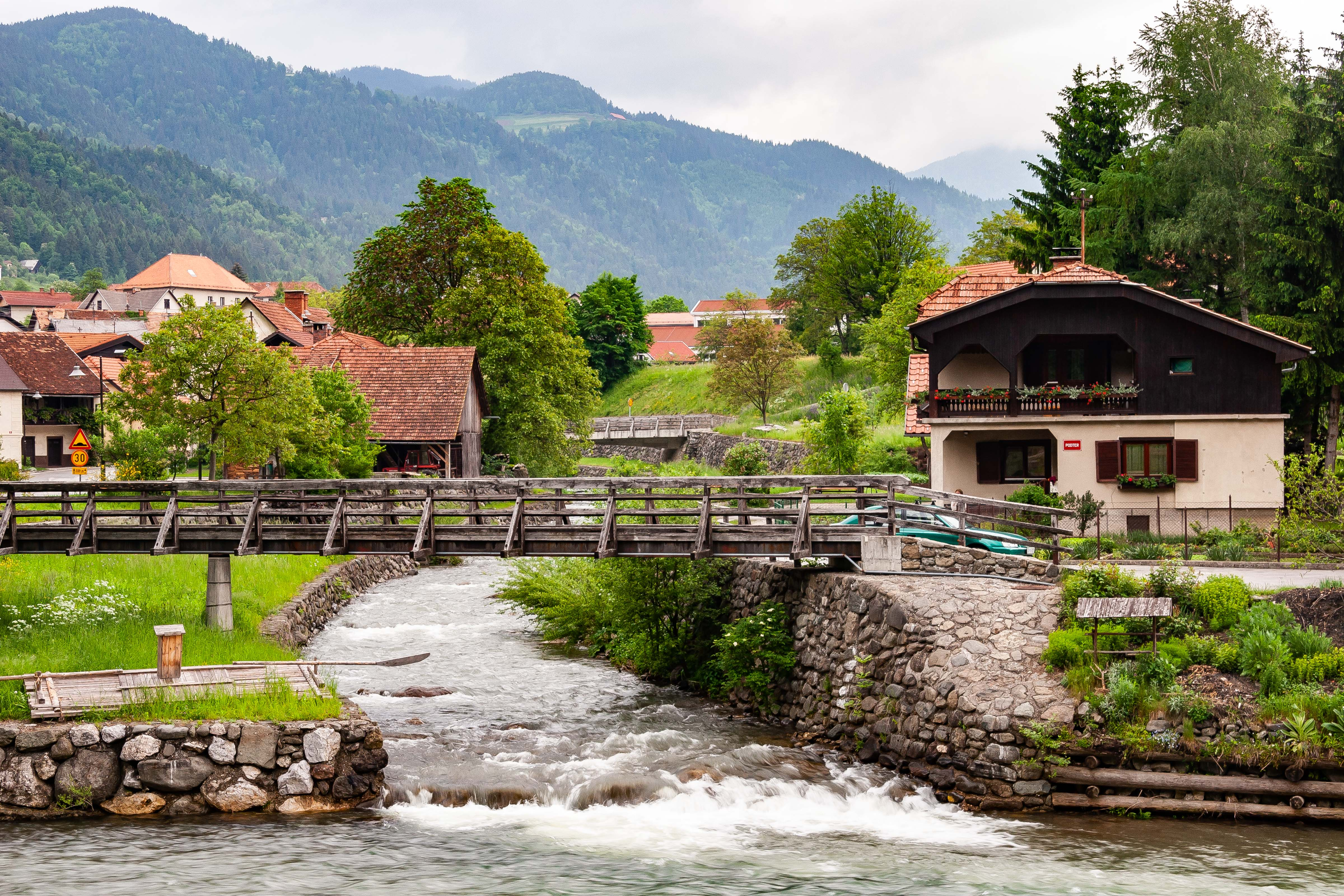 Slovenia, Ljubno Prov, Village River, 2006, IMG 8343