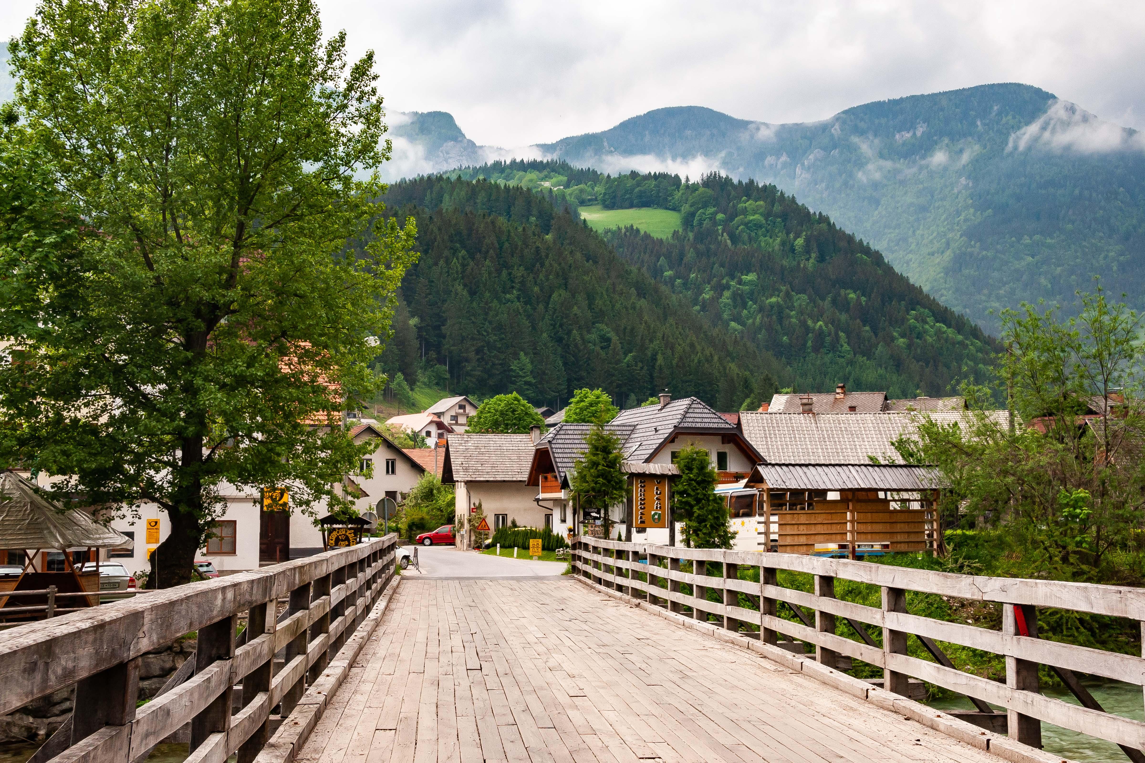 Slovenia, Luce Prov, Bridge To Mountain, 2006, IMG 8371