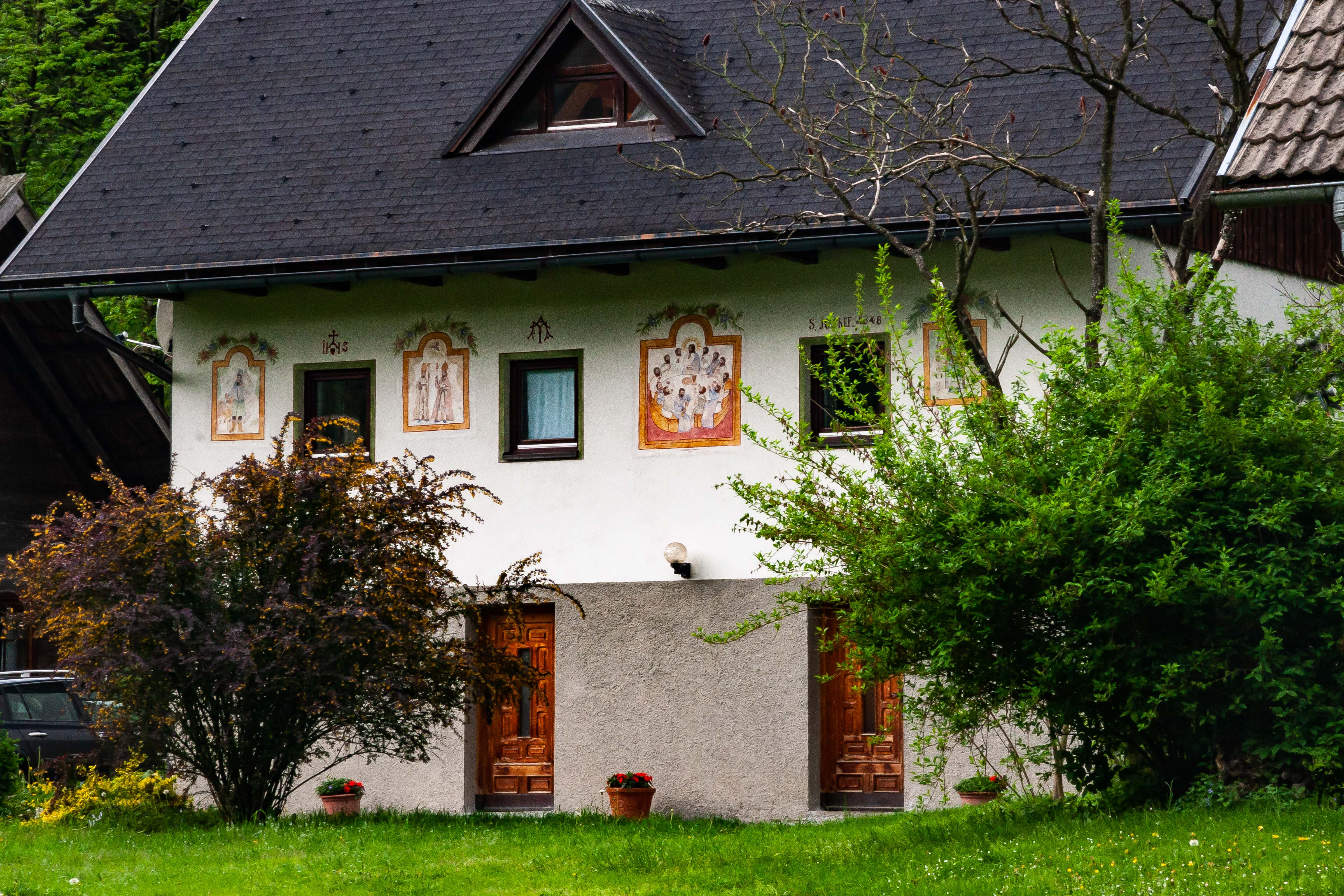 Slovenia, Solcava Prov, House With Wall Paintings, 2006, IMG 8391