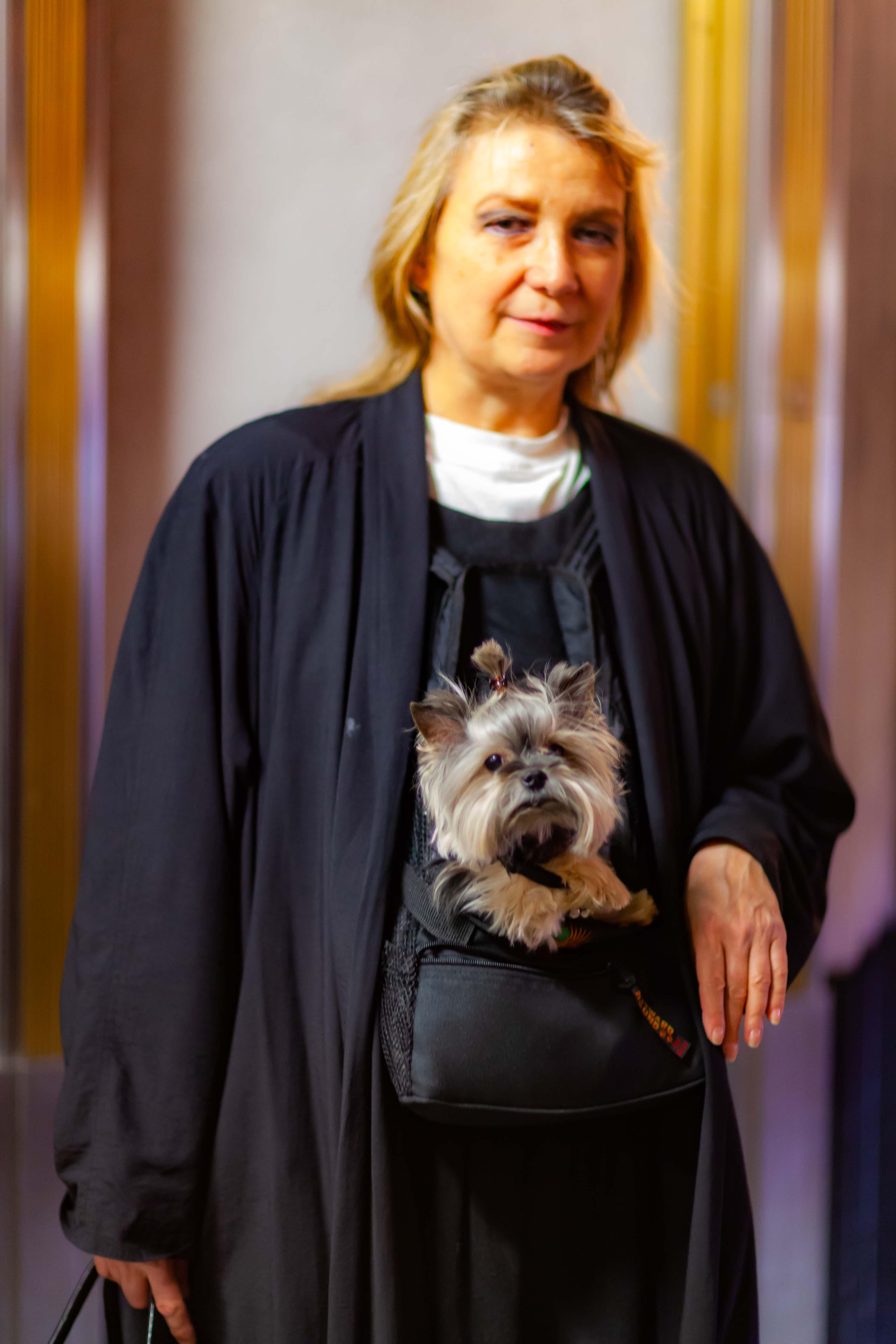 USA, New York Prov, Woman With Dog, 2011, IMG 1408