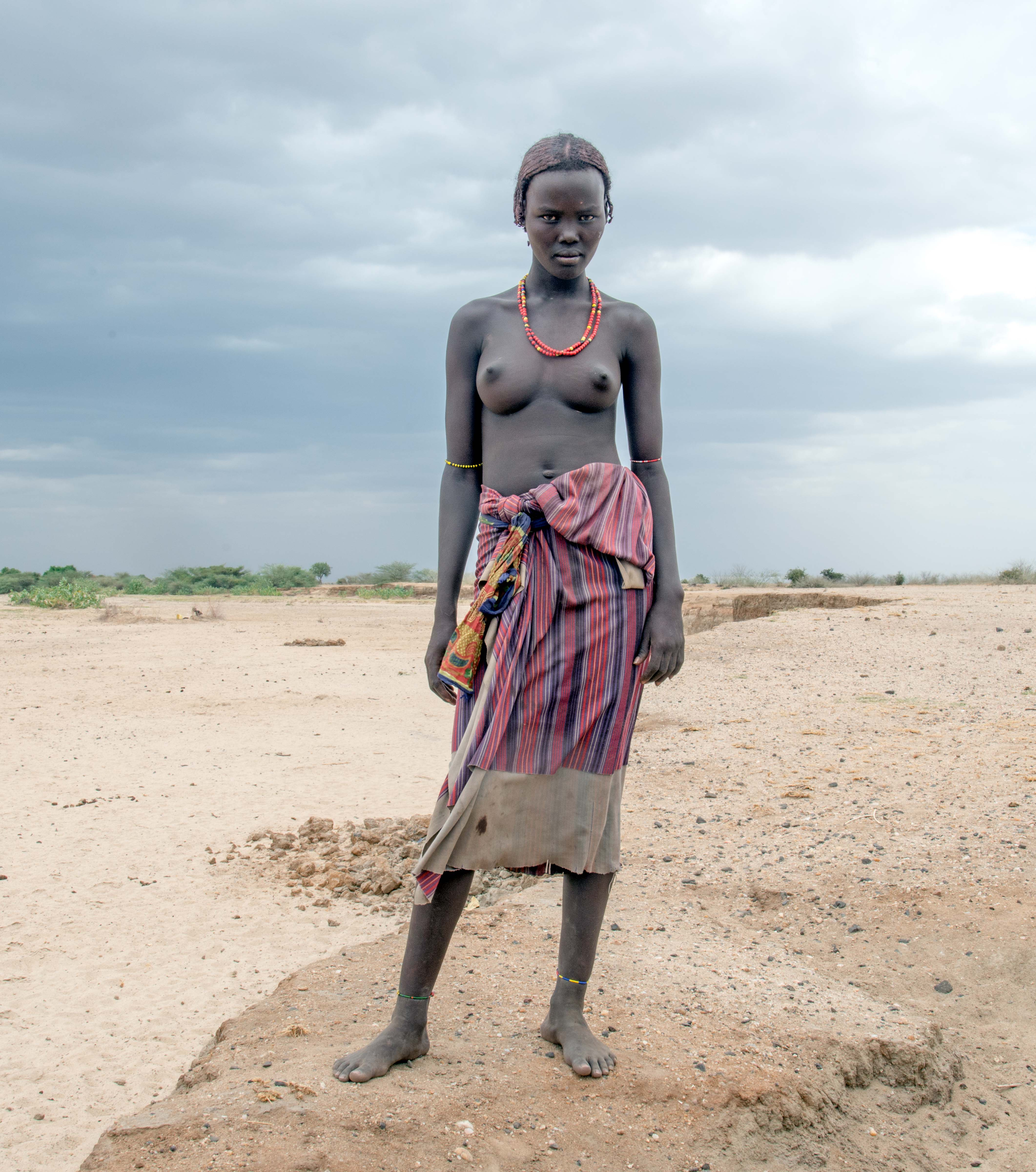 Dasenech Girl at Dry Riverbed